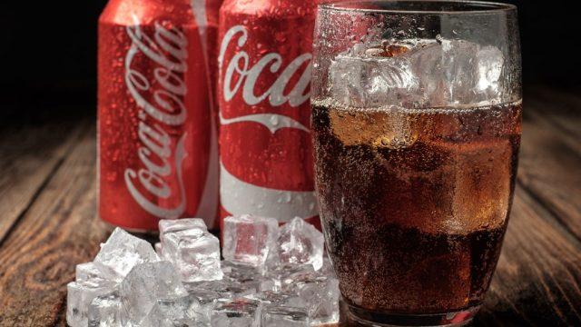 Coca cola soda ice.jpg