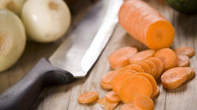 Chopped carrot onion.jpg