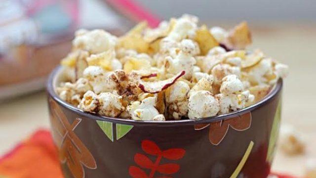 7 apple cinnamon popcorn.jpg