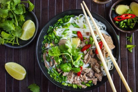 15 Pho Tips for a Flat Belly