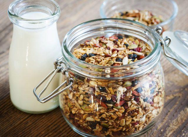 The World's 10 Healthiest Granolas