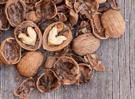 9 Health Benefits of Eating Walnuts