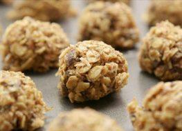 Oat energy balls on cookie sheet