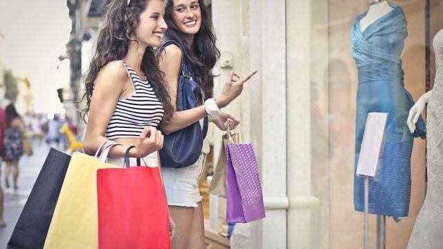 Girls shopping.jpg