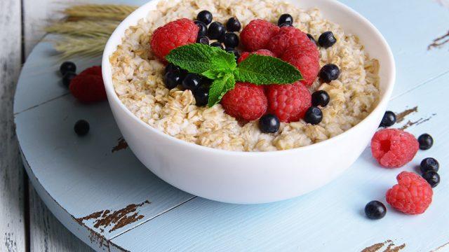 Oatmeal berries.jpg