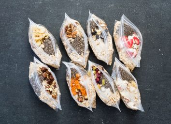 DIY instant oatmeal in plastic bags