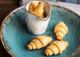 What You Need to Know Before Eating a Pillsbury Crescent Roll