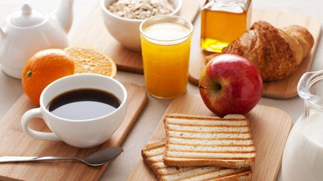 Various breakfast drinks.jpg