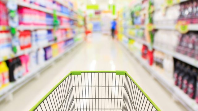 Shopping cart grocery store.jpg