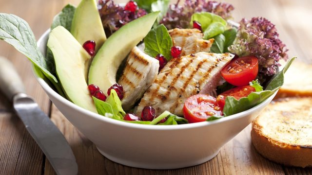 Chicken salad with avocado and tomatoes