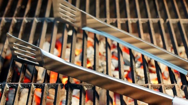 Tongs for grill.jpg