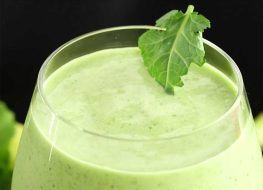 Lemon Kale Protein Detox Smoothie