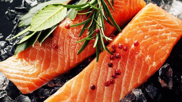 Salmon 7 foods ward off winter illnesses.jpg