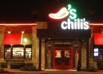 Chili's restaurant front exterior