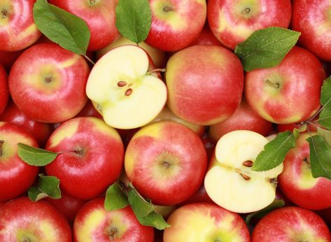 Red apples - best fruits for weight loss