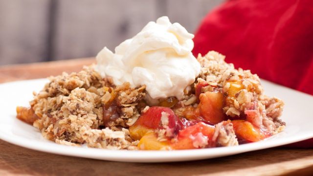 Peach cobbler crumble whipped cream.jpg