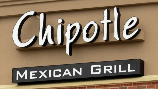 Chipotle sign.jpg