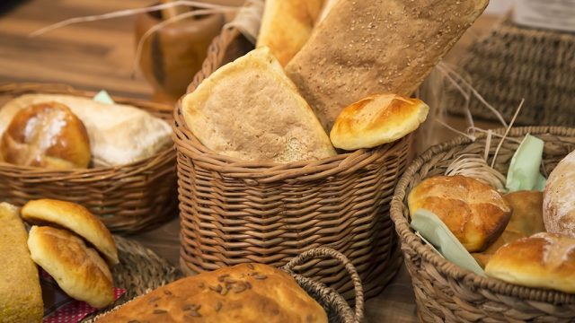 Baskets of bread.jpg