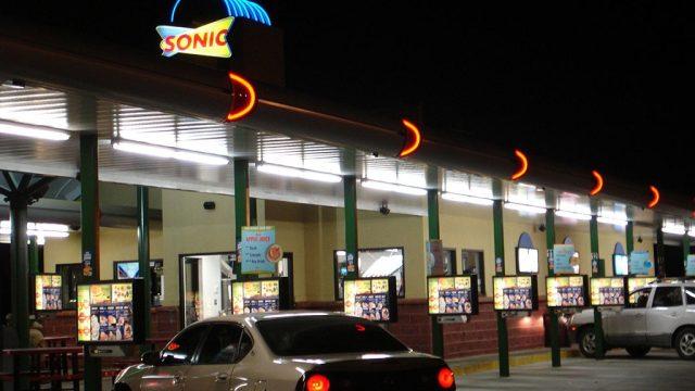 Sonic drive in.jpg