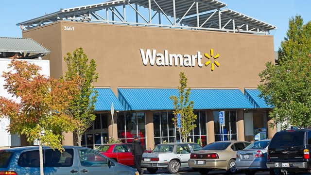 Walmart store.jpg