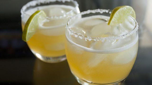 Low calorie cocktails margarita rocks.jpg