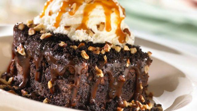 Salty restaurant desserts tgifridays chocolate.jpg