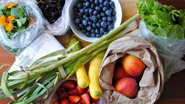 Fruits veggies supermarket.jpg