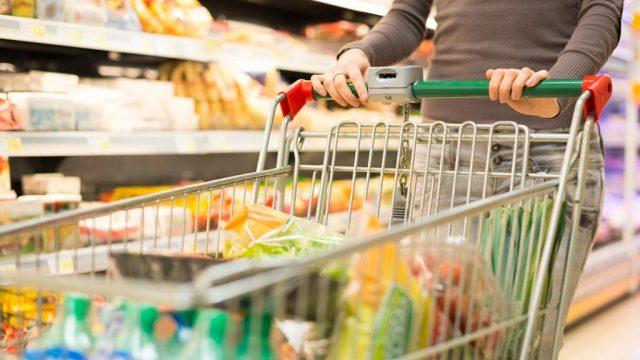 Woman grocery shopping.jpg