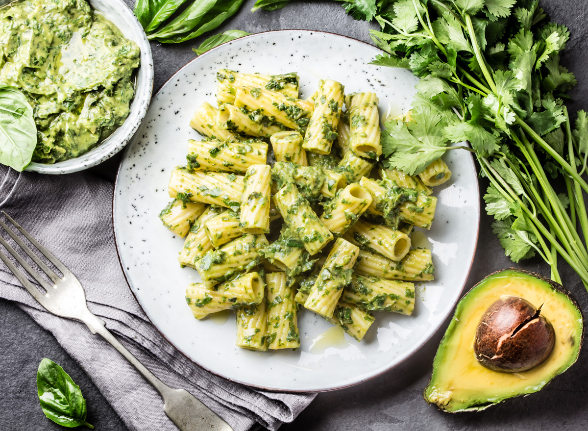 Avocado sauce herb pesto pasta