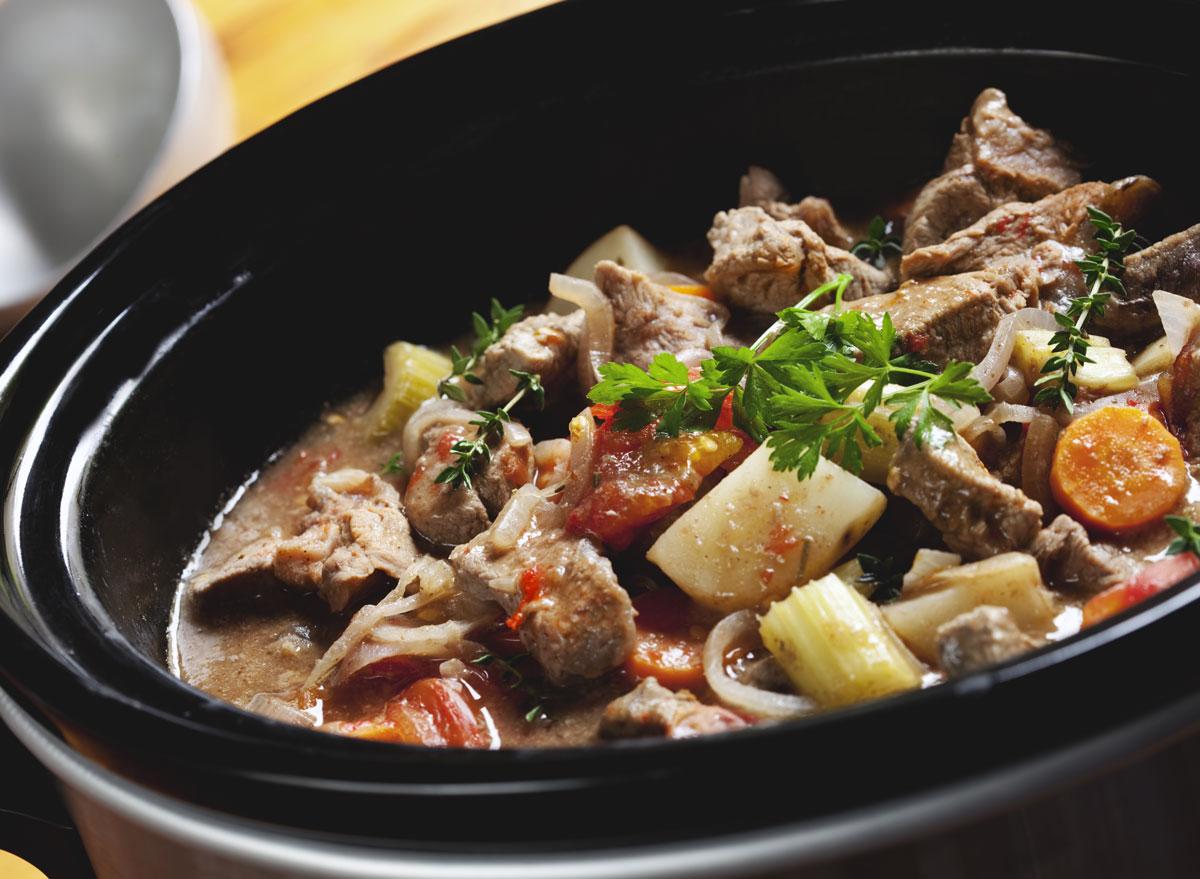 Crock pot slow cooker beef stew