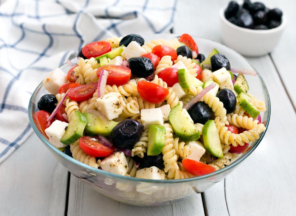 Cold greek pasta salad