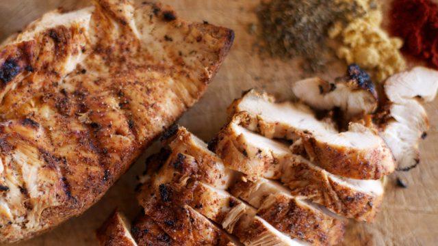 Grilled seasoned chicken