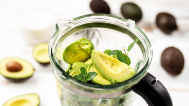 avocado healthy fat for healthy smoothie in blender