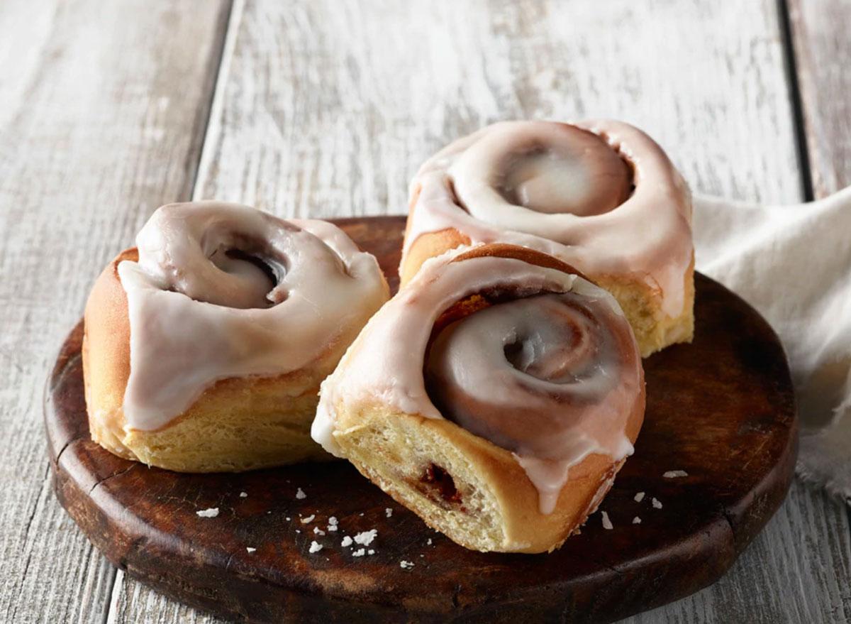 Panera vanilla cinnamon roll