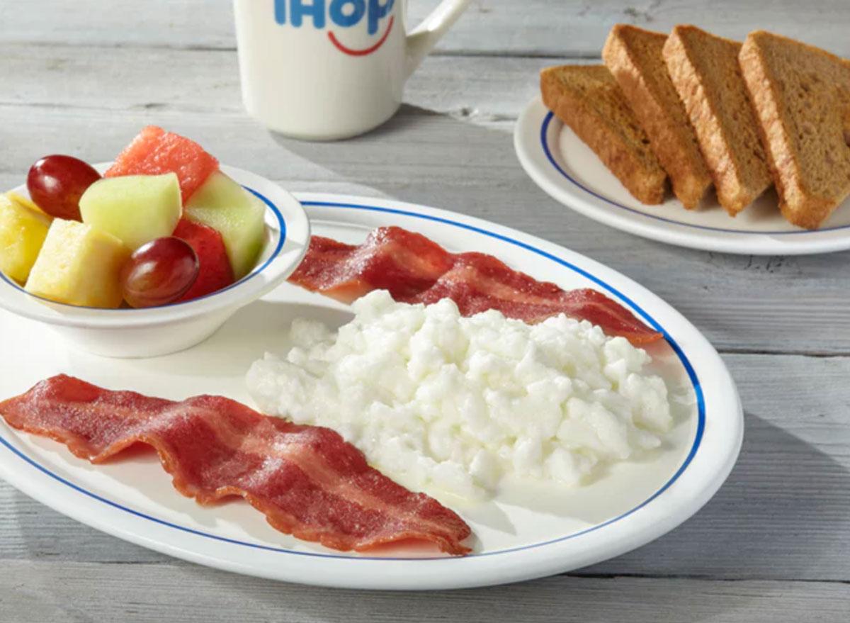 Healthiest restaurant dish ihop simple and fit slam breakfast