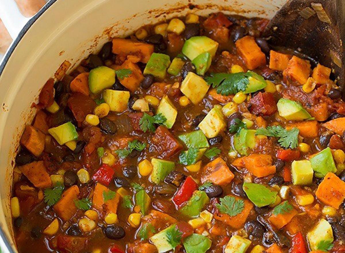 roasted sweet potato black bean chili