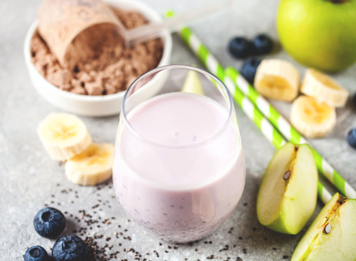 Best protein powder for smoothie blueberry banana apple