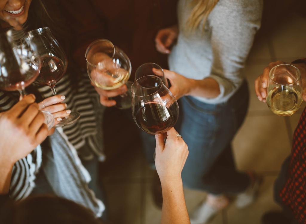 Alcohol wine glasses