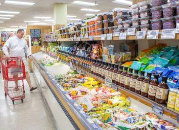 Trader joes frozen meals in freezer aisle