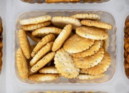 Portion crackers in plastic container