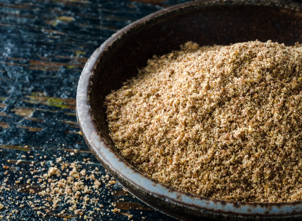 Ground flaxseed in bowl