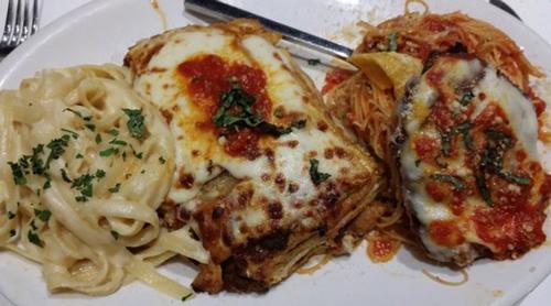 macaroni grill mamas trio fettucine