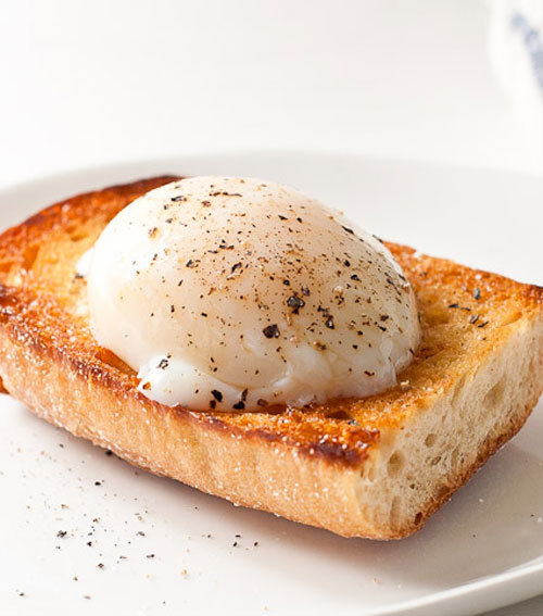 Microwaved poached eggs