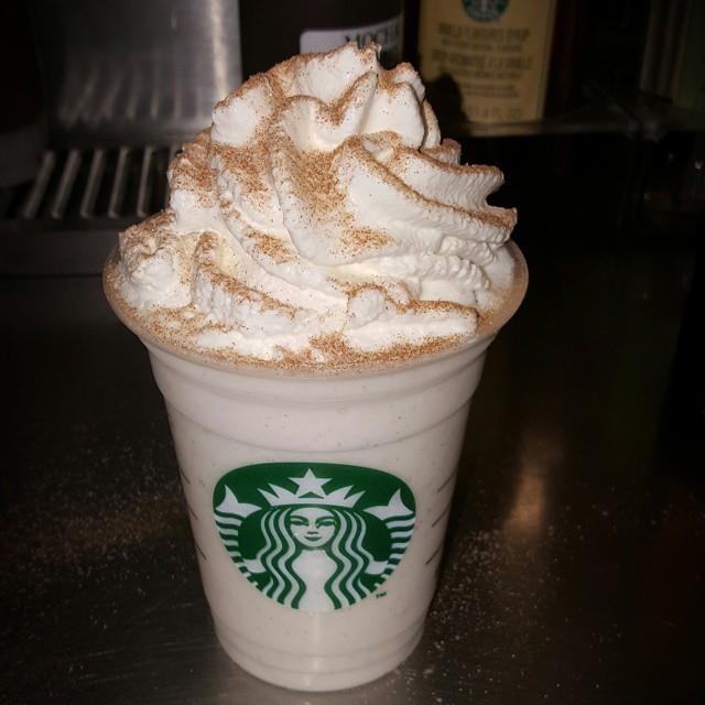 Cinnamon roll Frappuccino