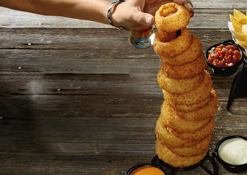 Red robin towering onion rings