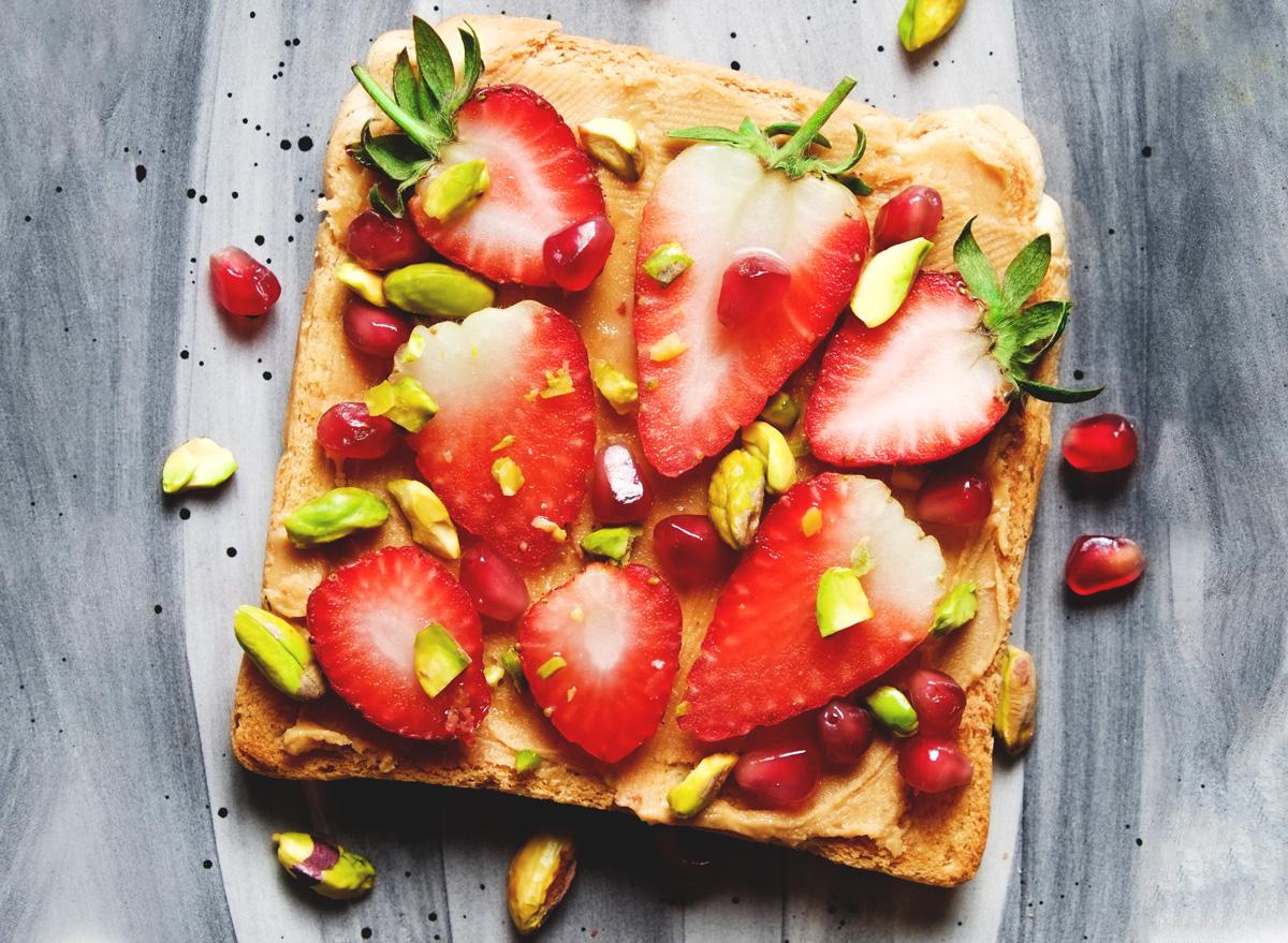 peanut butter toast strawberries pistachios