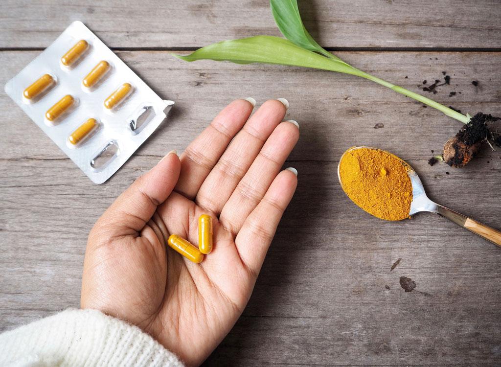 Turmeric pill supplement