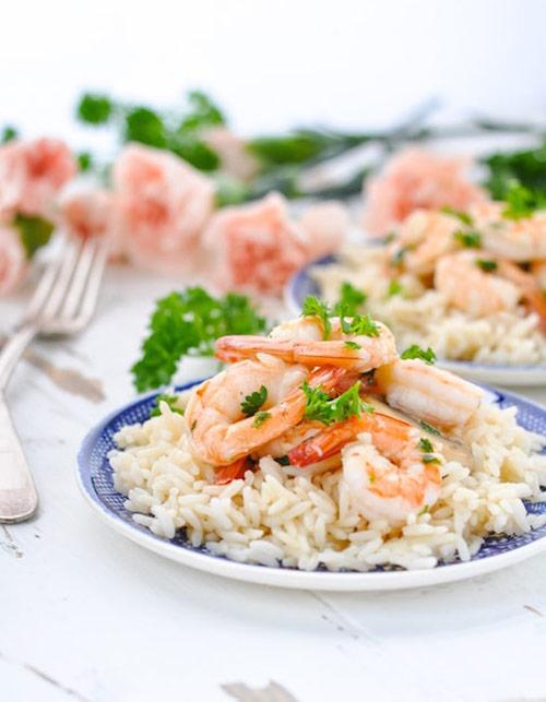 Garlic shrimp skillet