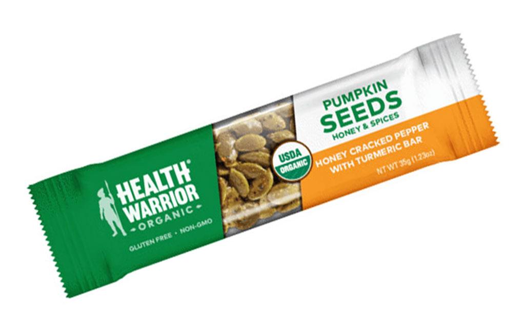 Health Warrior Organic Honey Cracked Pepper with Turmeric Pumpkin Seed Bar