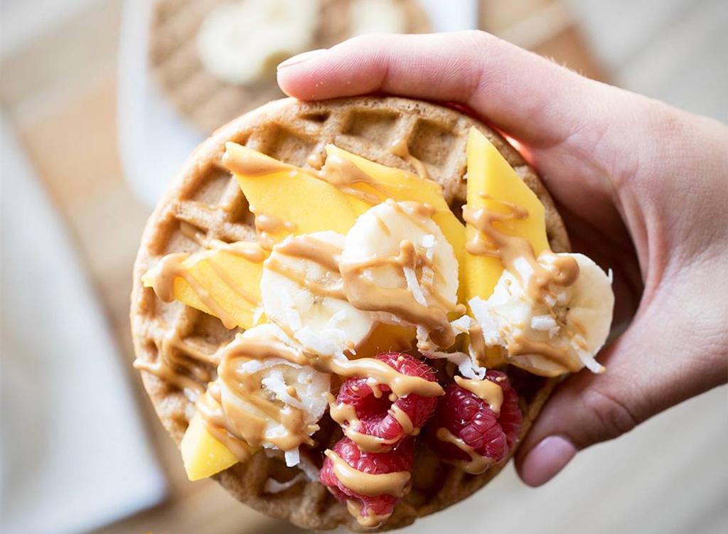 Van's waffle with fruit